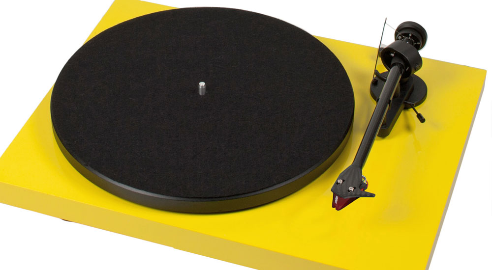 Pro-Ject Debut Carbon giradischi